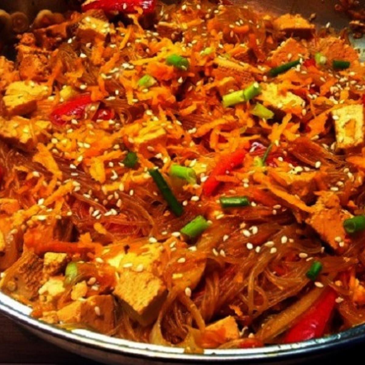Pad thai tofuval egyszerűen