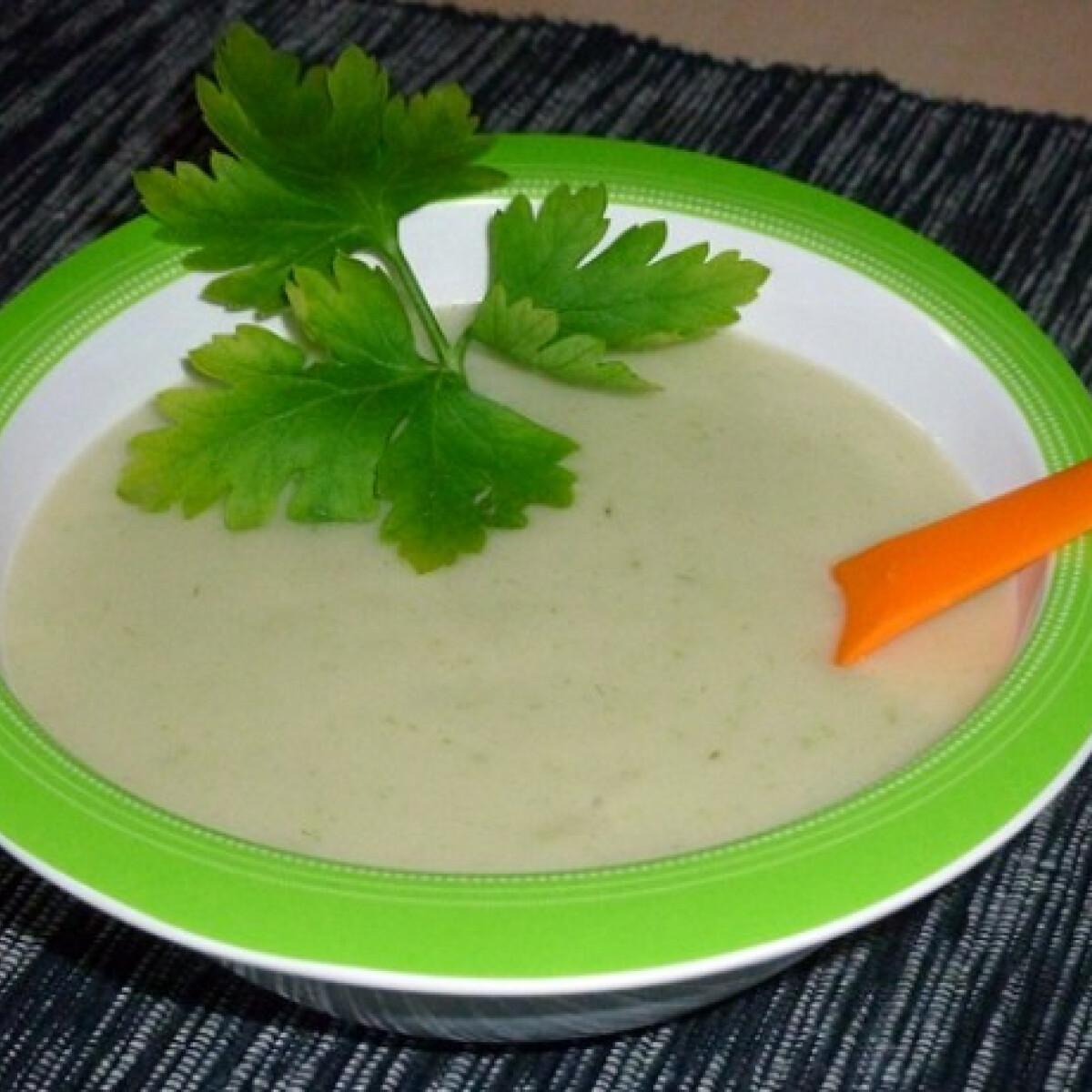 Joghurtos-petrezselymes burgonya babáknak