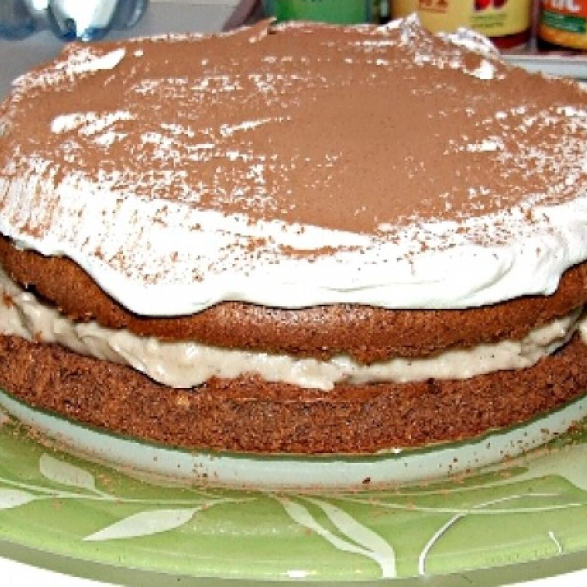 Ezen a képen: Gesztenyekrémes tortácska