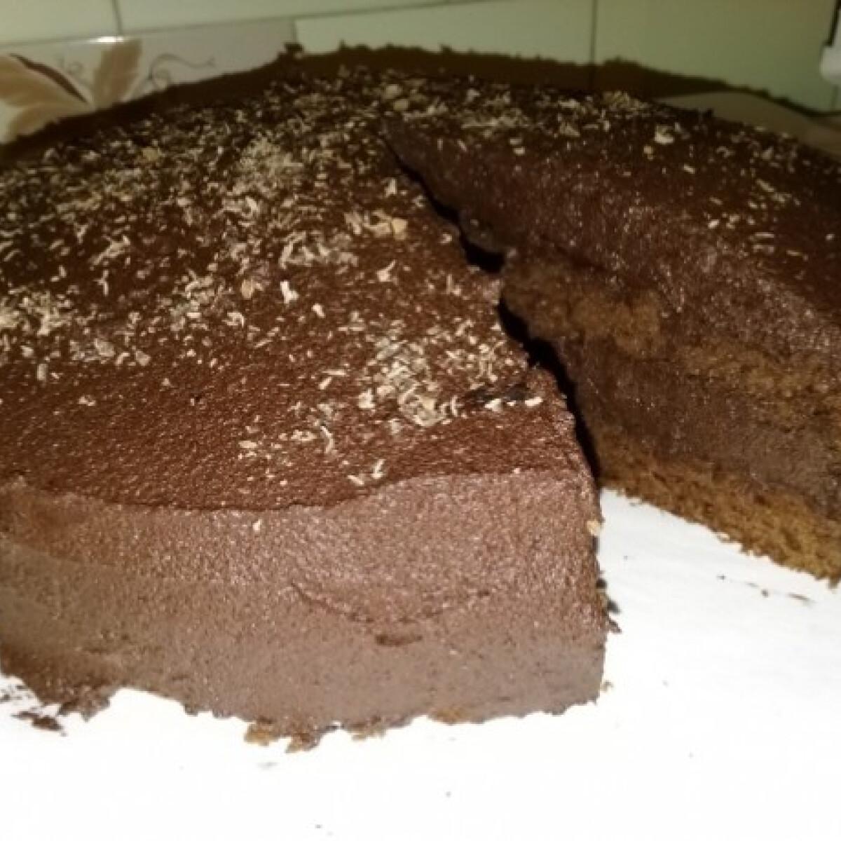 Ezen a képen: Duplán csokis torta