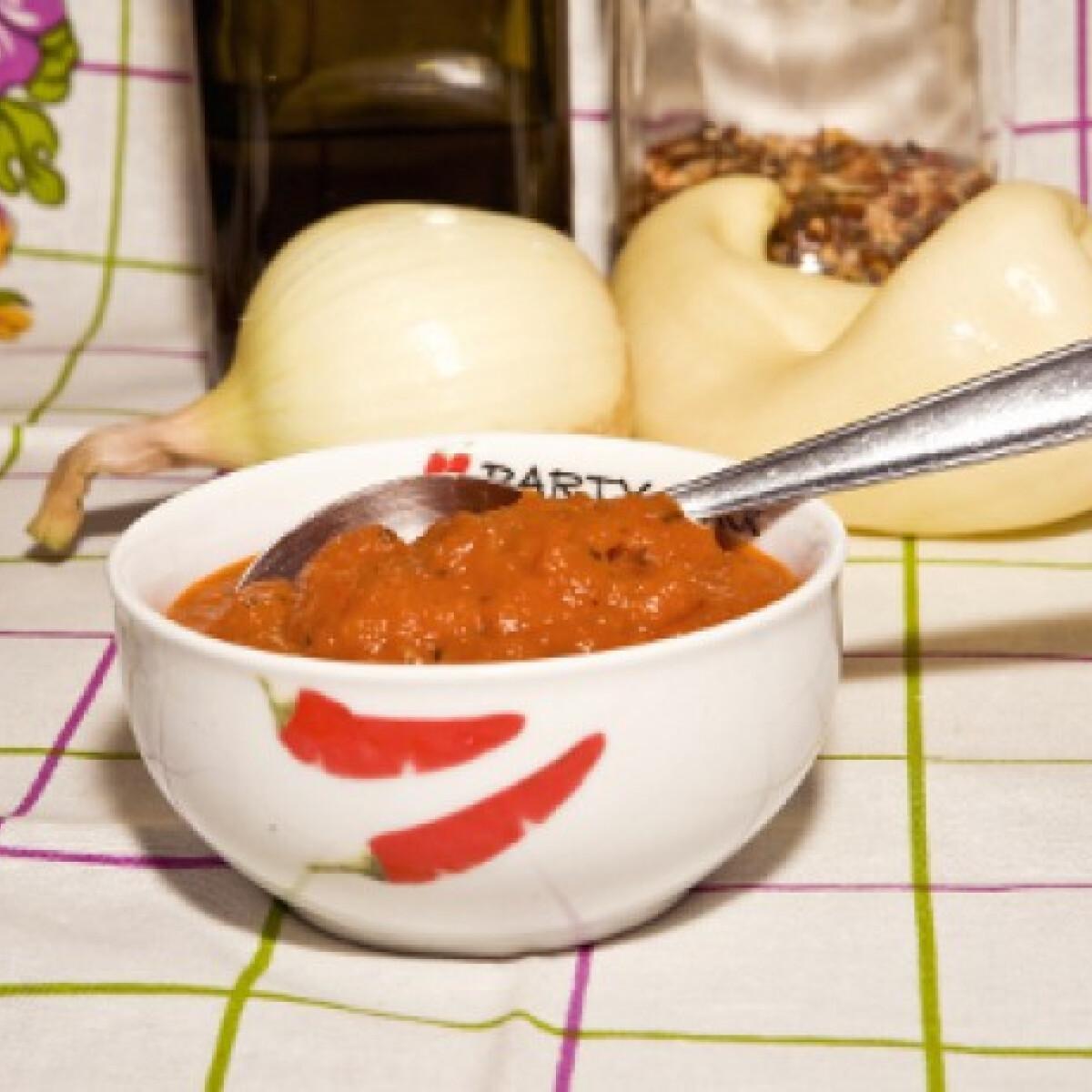 Ezen a képen: Salsa mártás