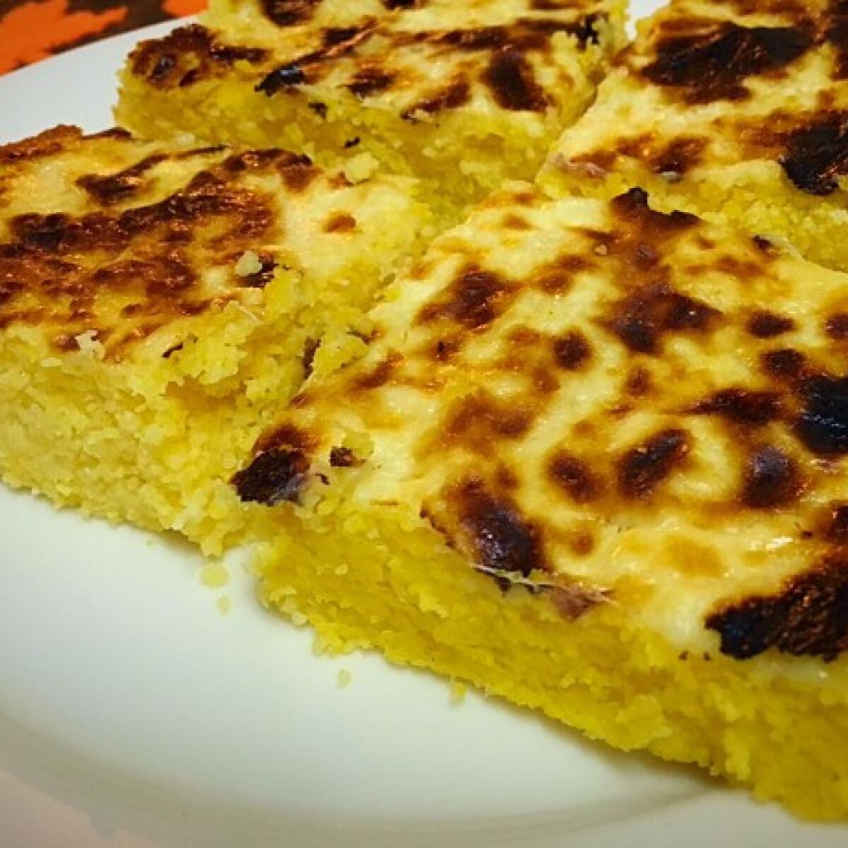Ezen a képen: Sült mozzarella-polenta