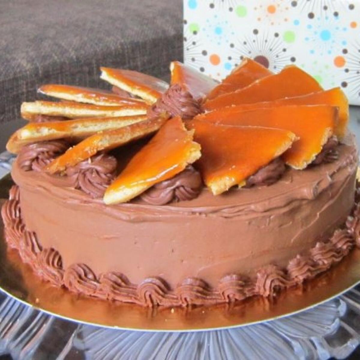 Ezen a képen: Eredeti Dobos-torta