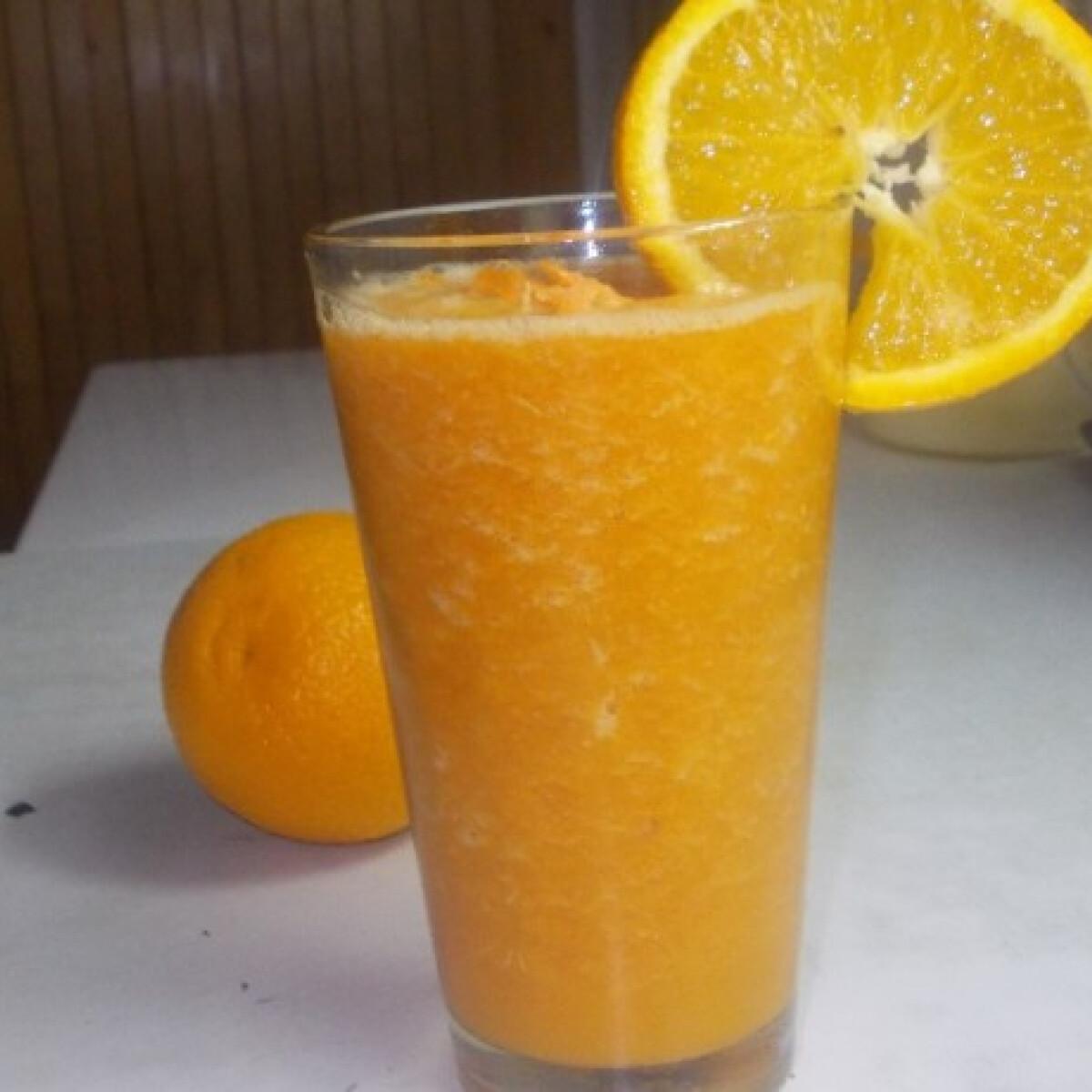 Ezen a képen: Fahéjas narancsos-répás turmix