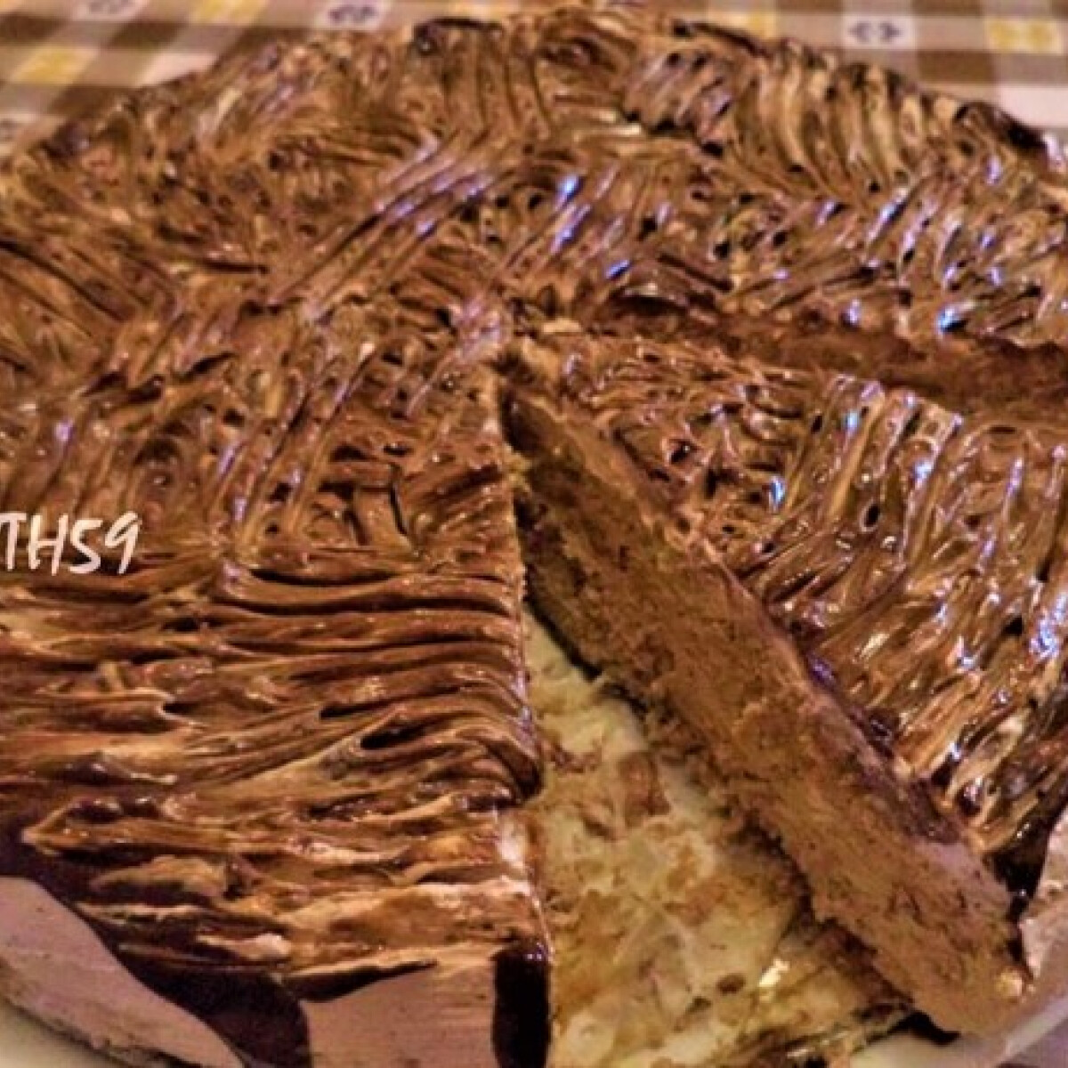 Ezen a képen: Nutellás torta sütés nélkül