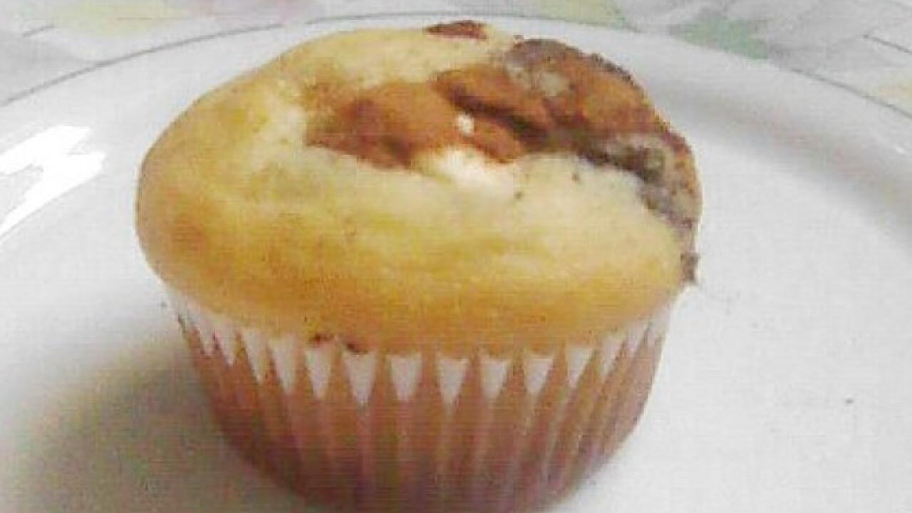 Mákos pudingos muffin almával