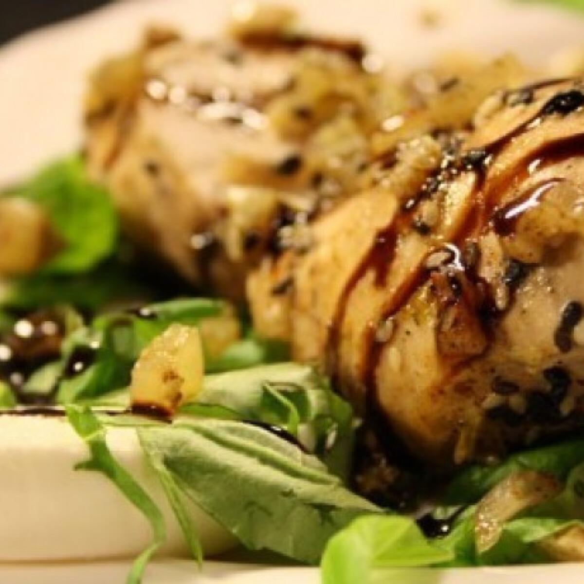 Ezen a képen: Csirkemellfilé mozzarellával