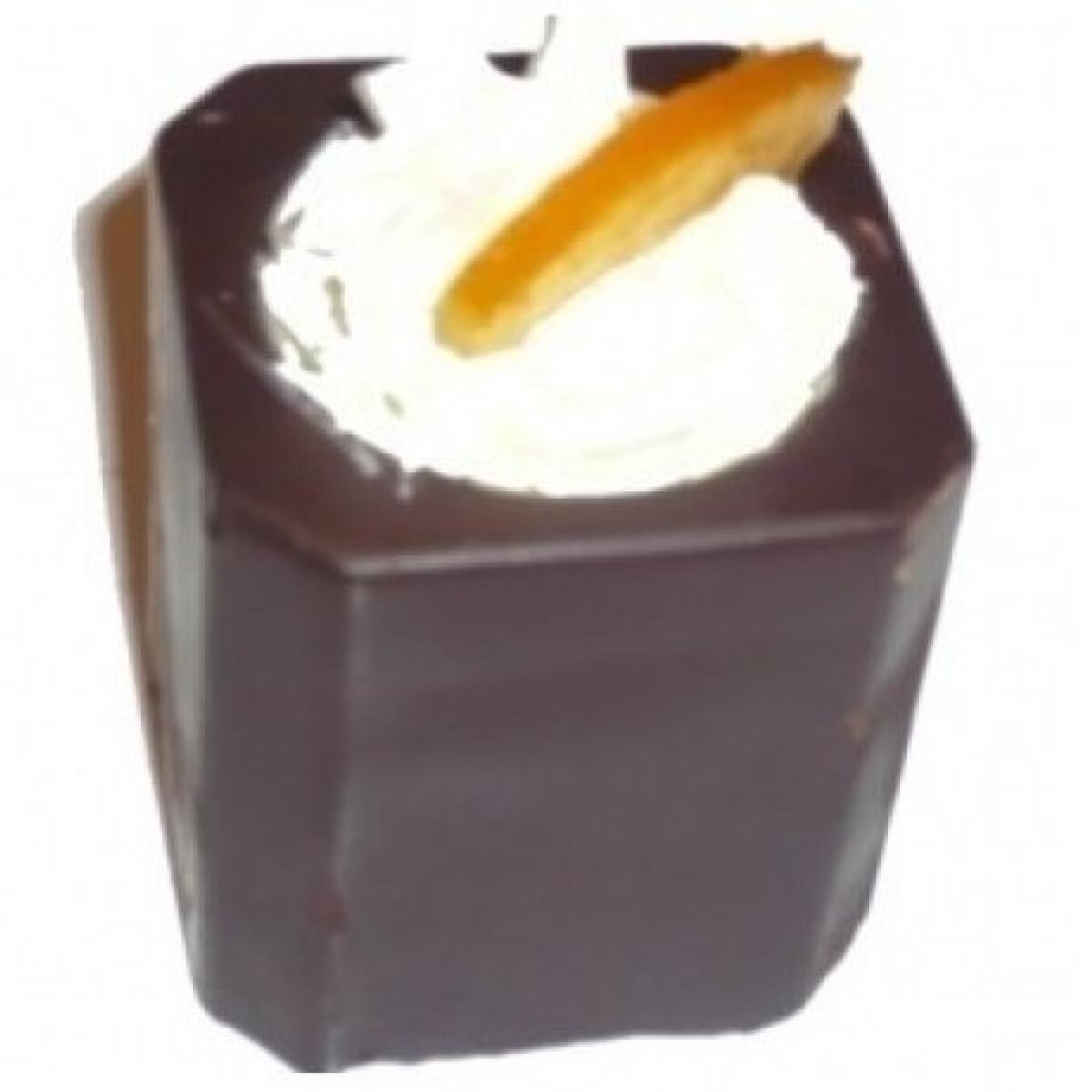 Ezen a képen: Csokipohárka