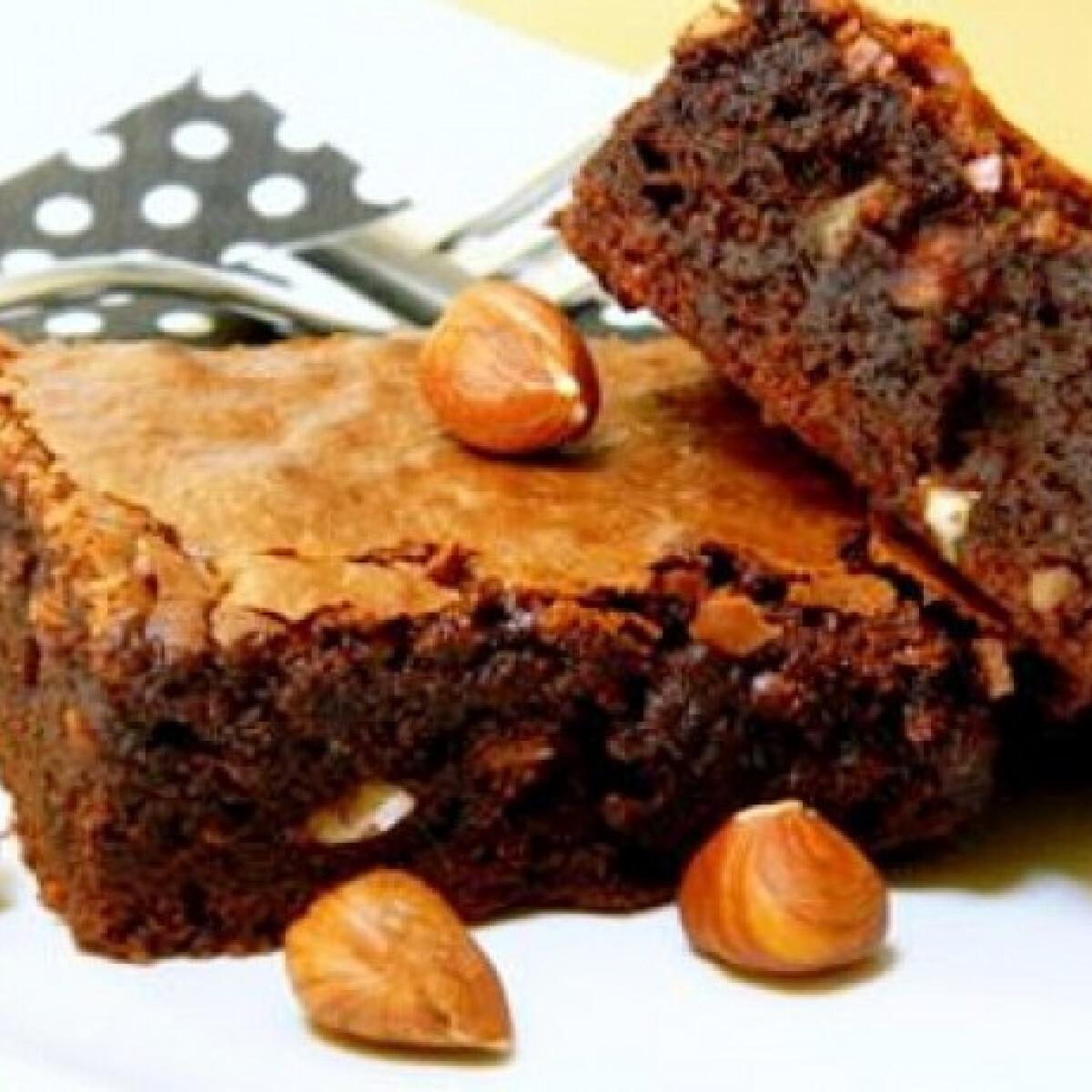 Ezen a képen: Törökmogyorós brownie