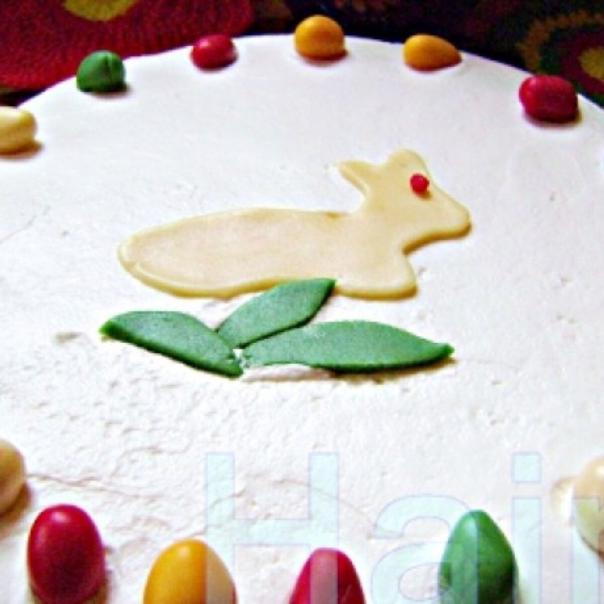 Ezen a képen: Húsvéti répatorta Jahin konyhájából