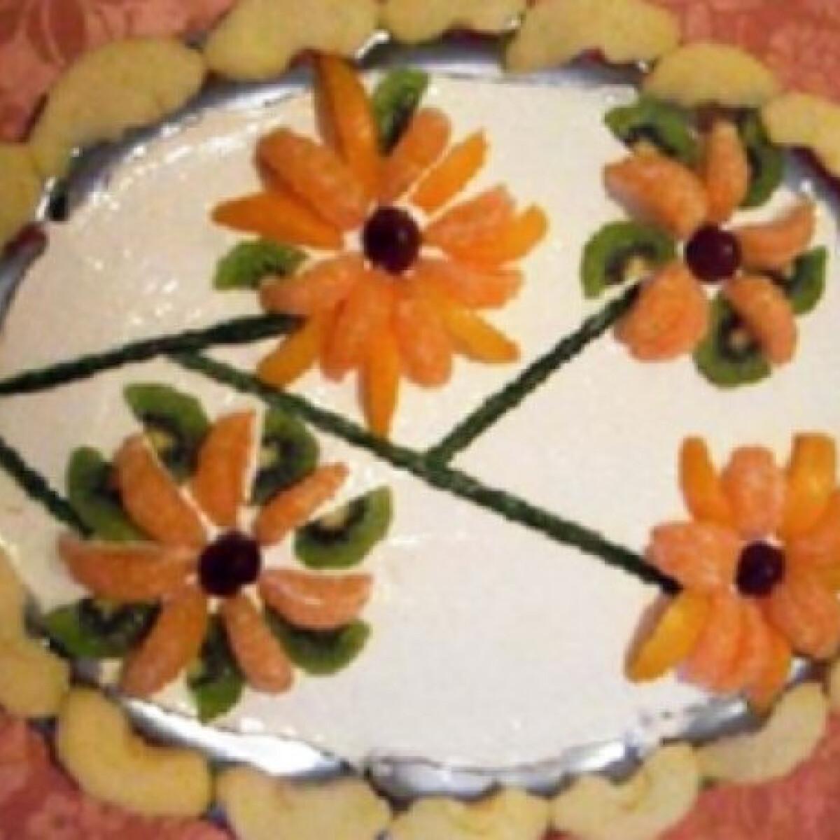 Ezen a képen: Virágos gyümölcsös tál