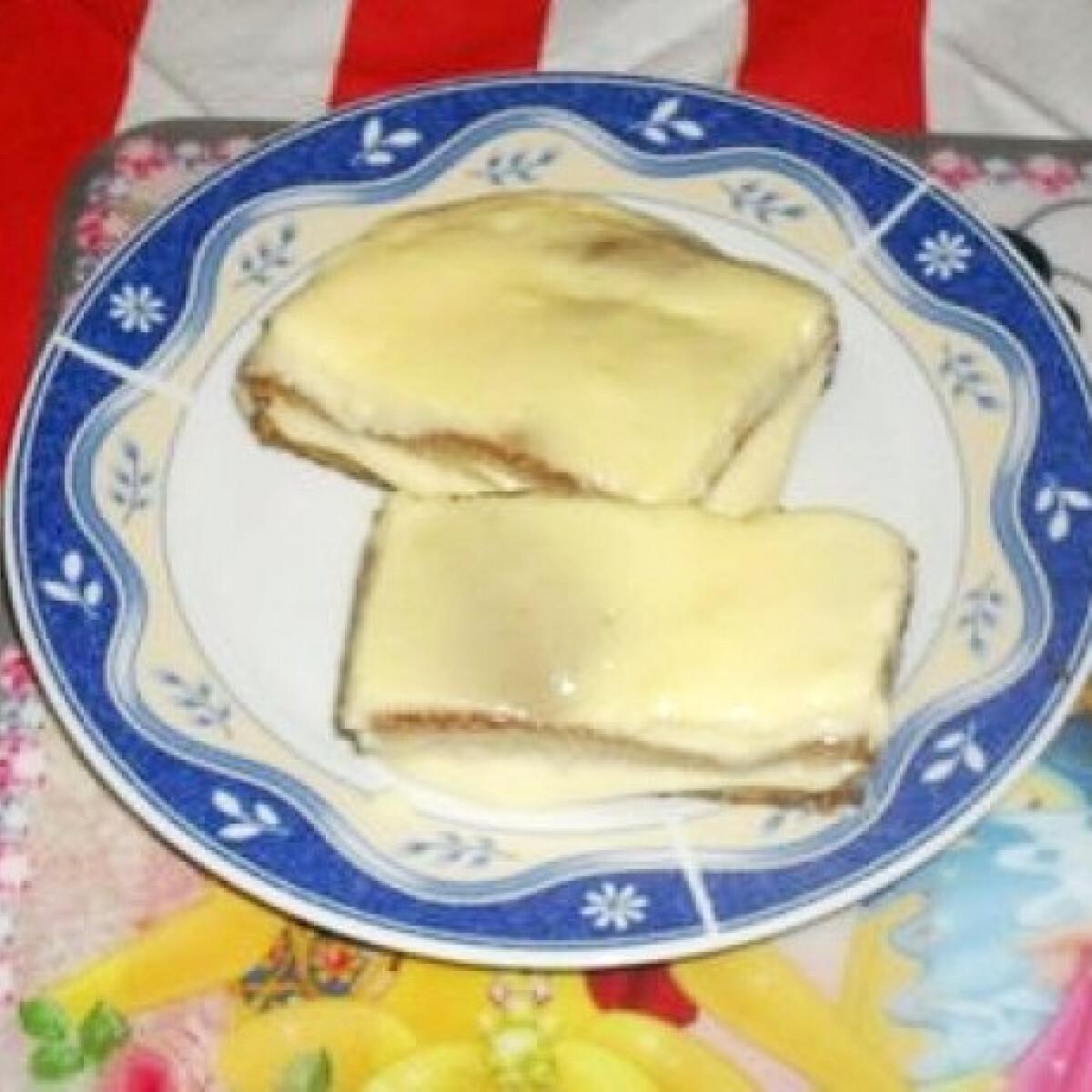 Ezen a képen: Vaníliás szelet diétásan