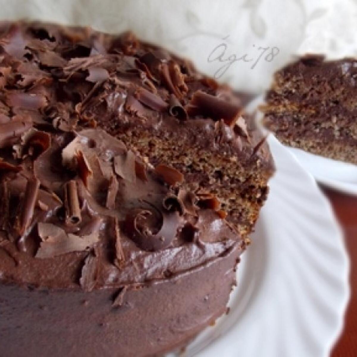 Ezen a képen: Nagymami tortája