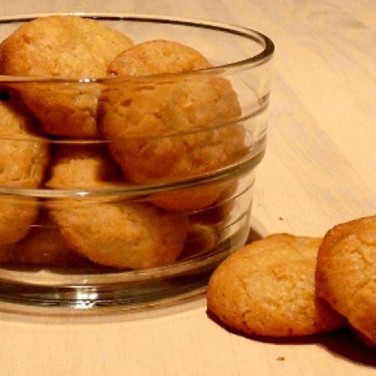 Ezen a képen: Fehér csokis-kókuszos keksz