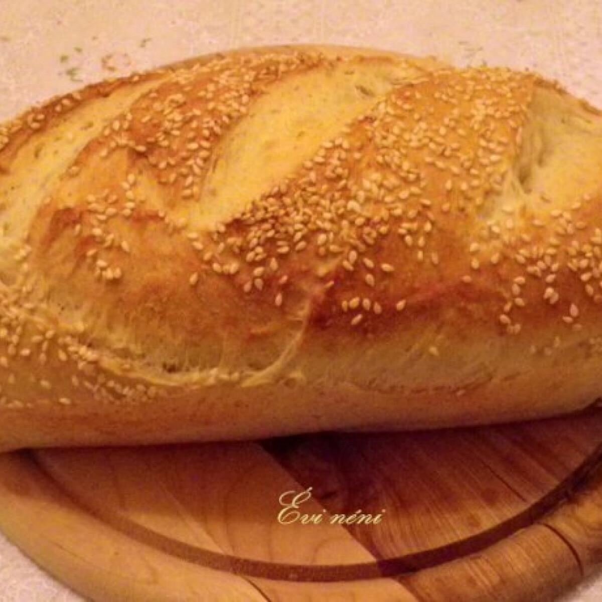 Ezen a képen: Fehér kenyér szezámmaggal