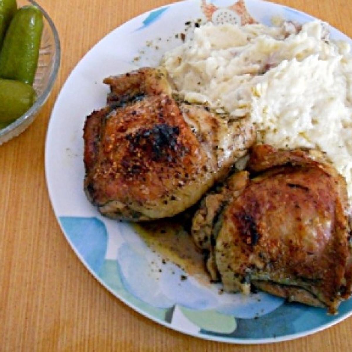 Ezen a képen: Klasszikus sült csirke Jahmaica konyhájából
