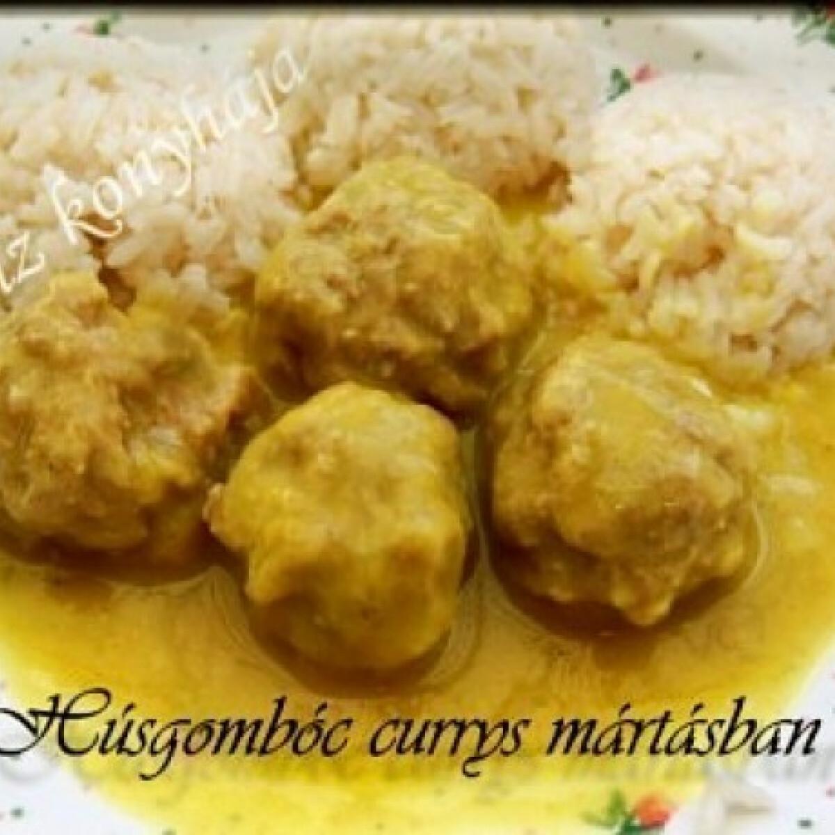 Ezen a képen: Húsgombóc curry-s mártásban