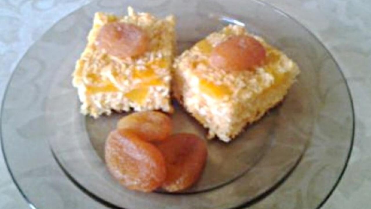 Zabkorpás süti barackkal és kókusszal