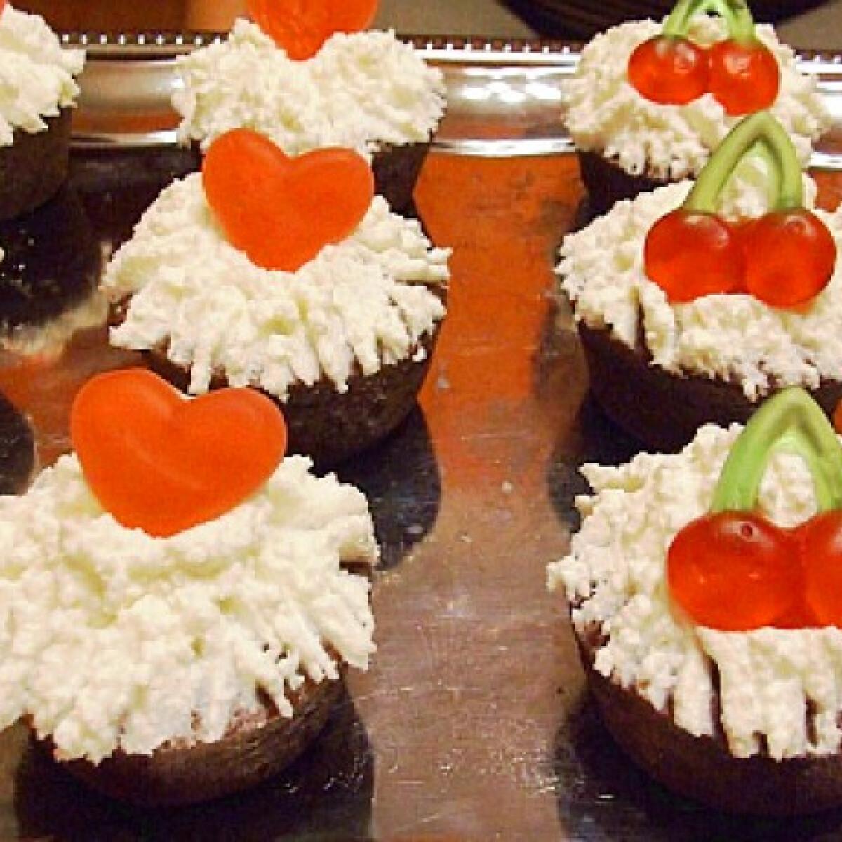 Ezen a képen: Túrós-mascarponés muffin