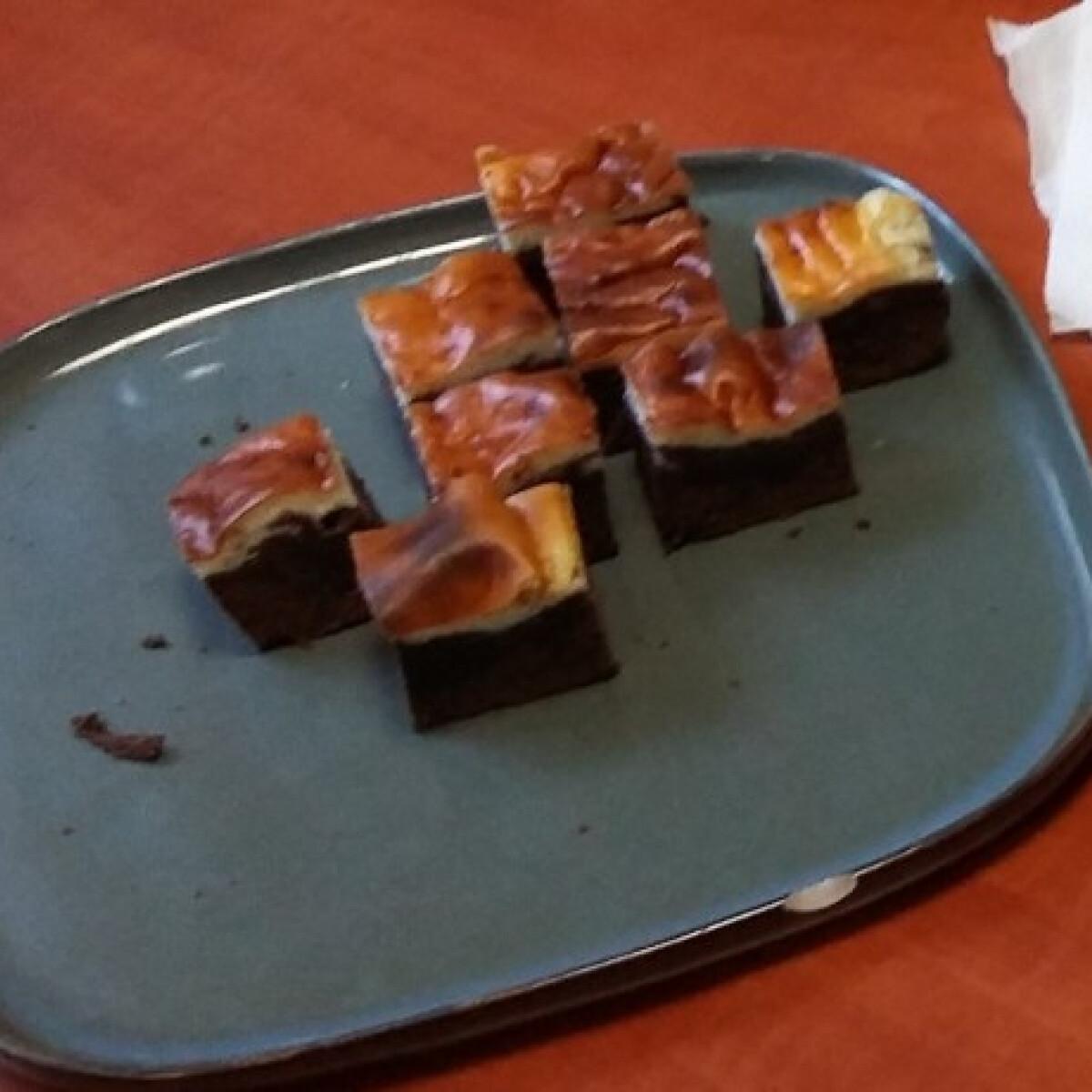 Ezen a képen: Krémsajtos brownie etoc konyhájából