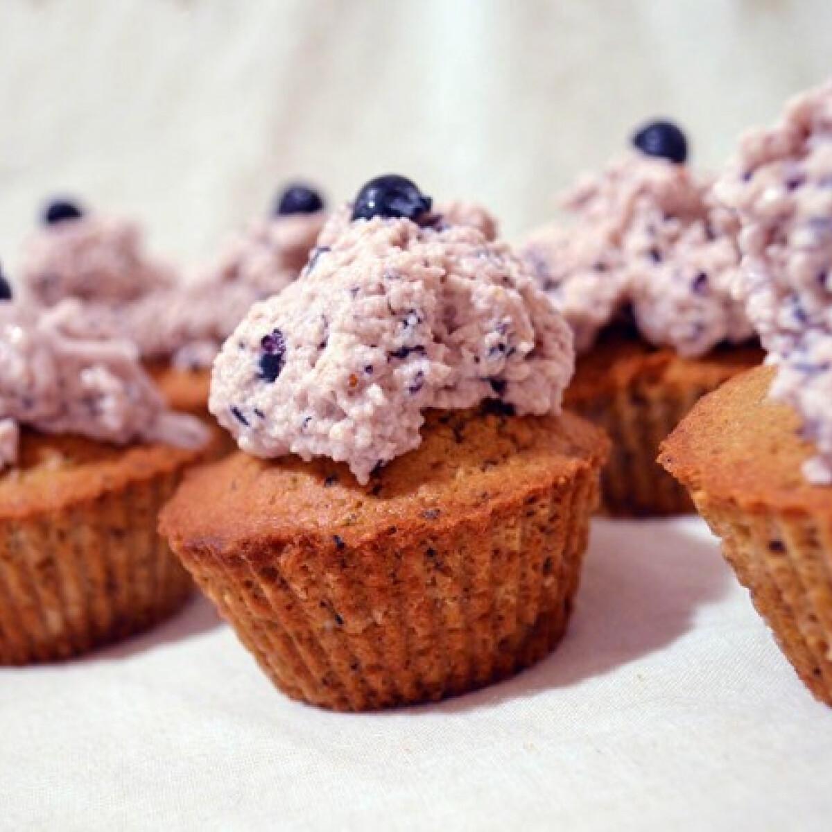 Ezen a képen: Reform áfonyás muffin