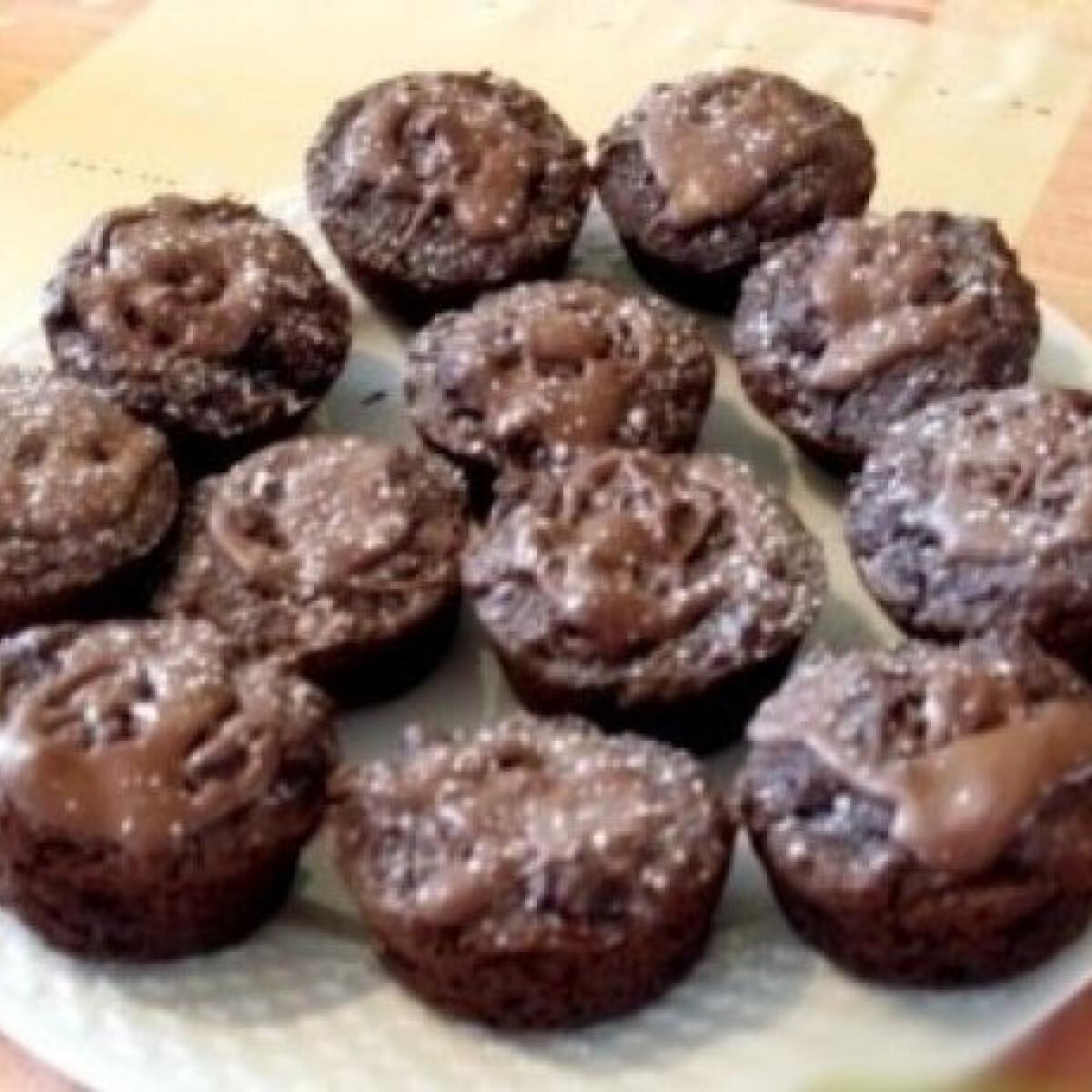 Ezen a képen: Csokis-diós muffin (liszt nélkül)