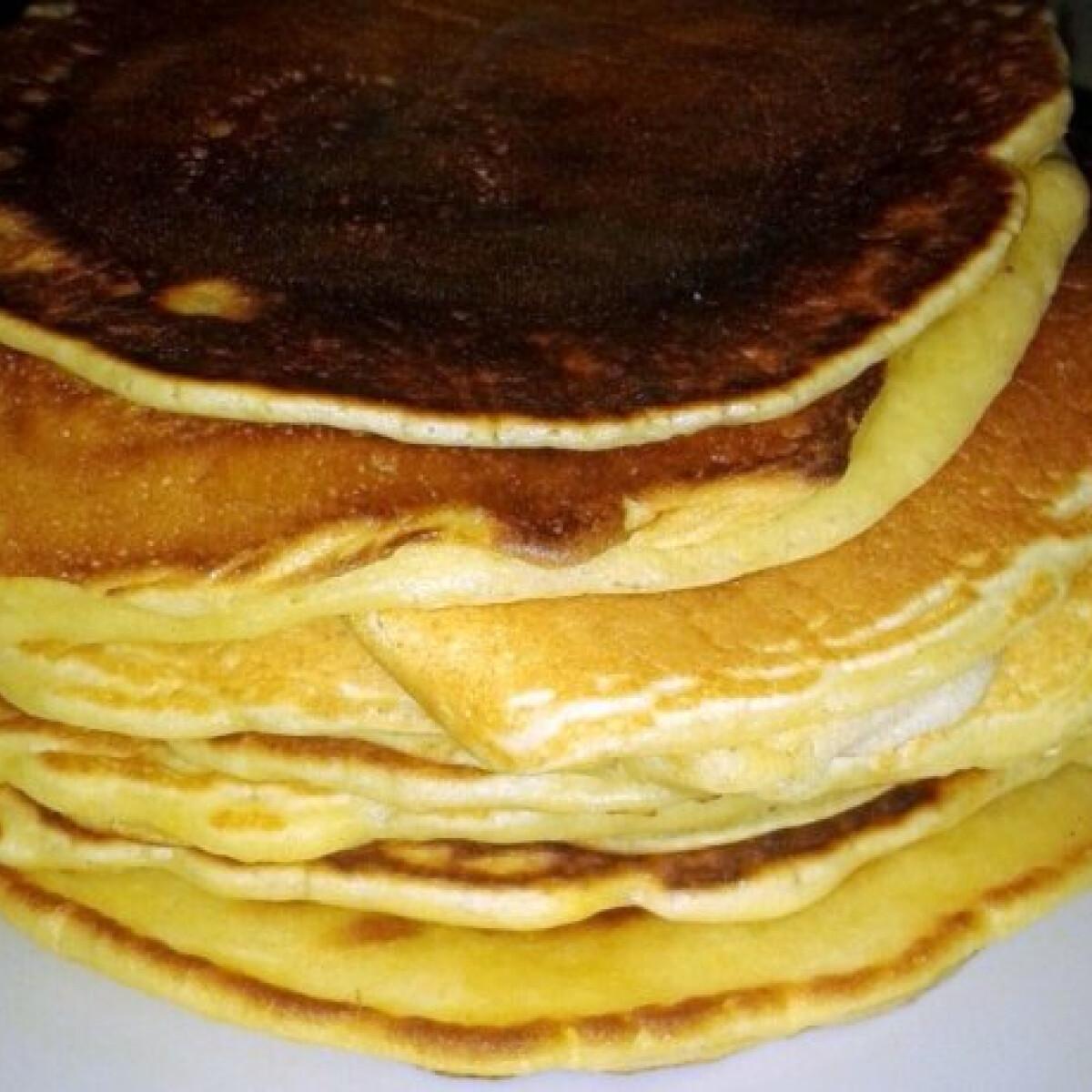Ezen a képen: Amerikai palacsinta KittiKrisztina konyhájából