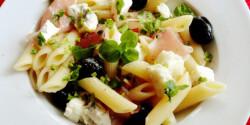 Gorgonzolás penne saláta
