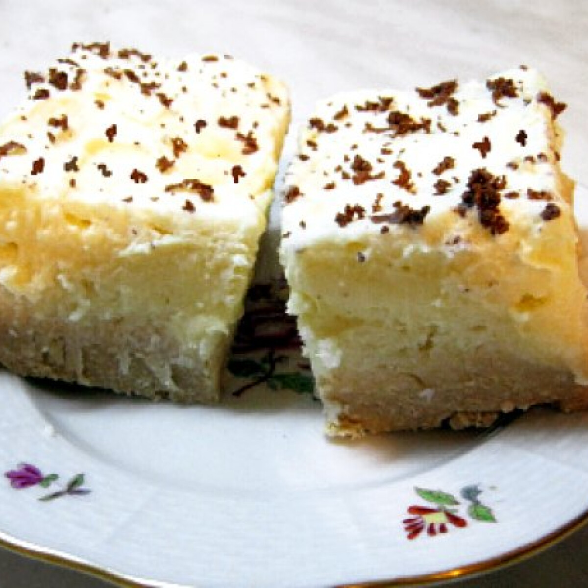 Pudingos-kókuszos kekszsüti sütés nélkül