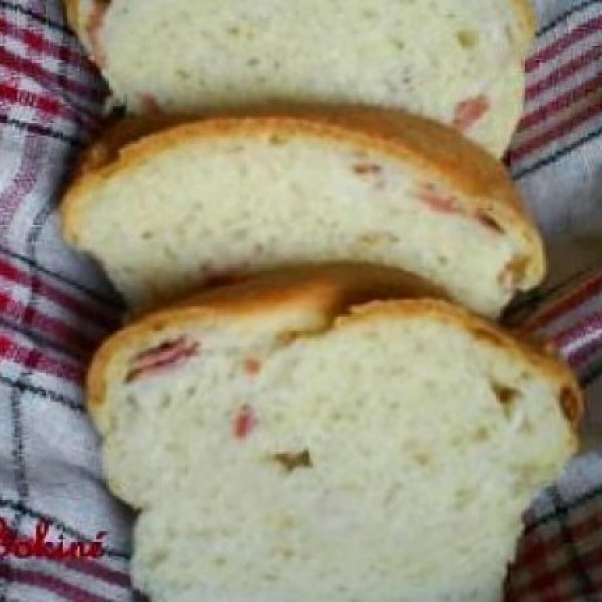 Baconös kenyér