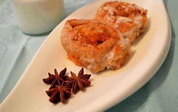 Sütőtökös-fahéjas cinnamon rolls