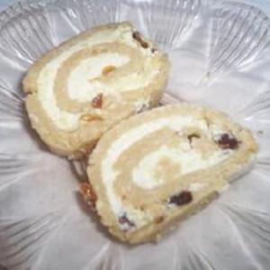 Mazsolás keksztekercs