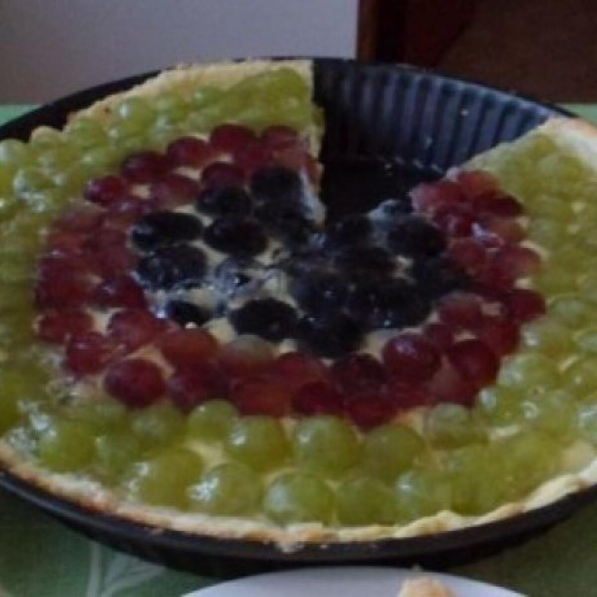 Ezen a képen: Muskotályos szőlőtorta