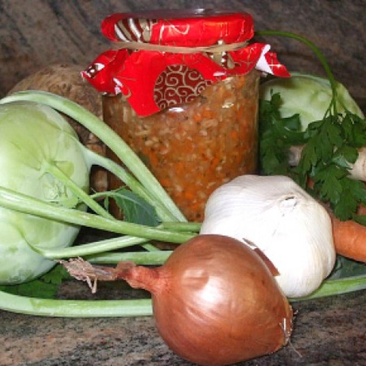 Ezen a képen: Ételízesítő házilag Évi baba konyhájából
