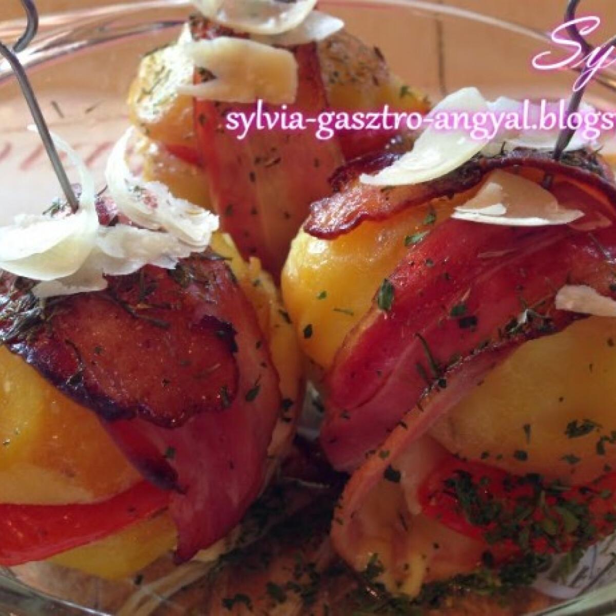 Duplán sajtos-paradicsomos burgonya szendvics