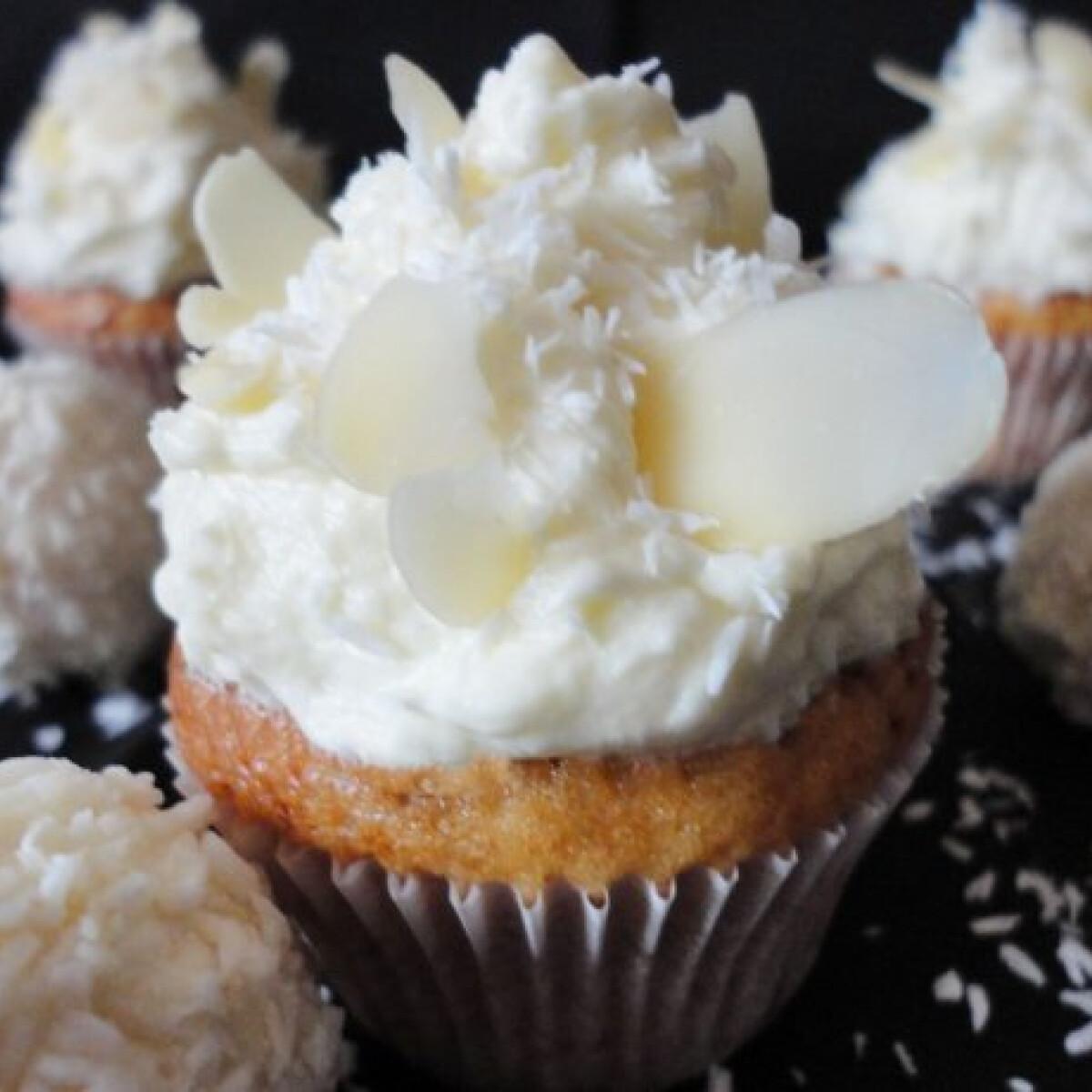 Ezen a képen: Raffaello muffin