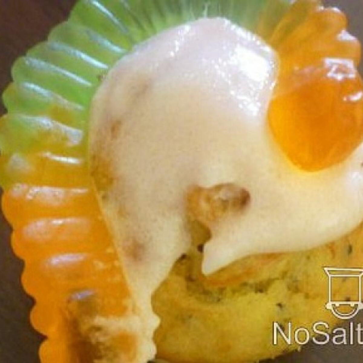 Ezen a képen: Sütőtökös-narancsos-mákos muffin