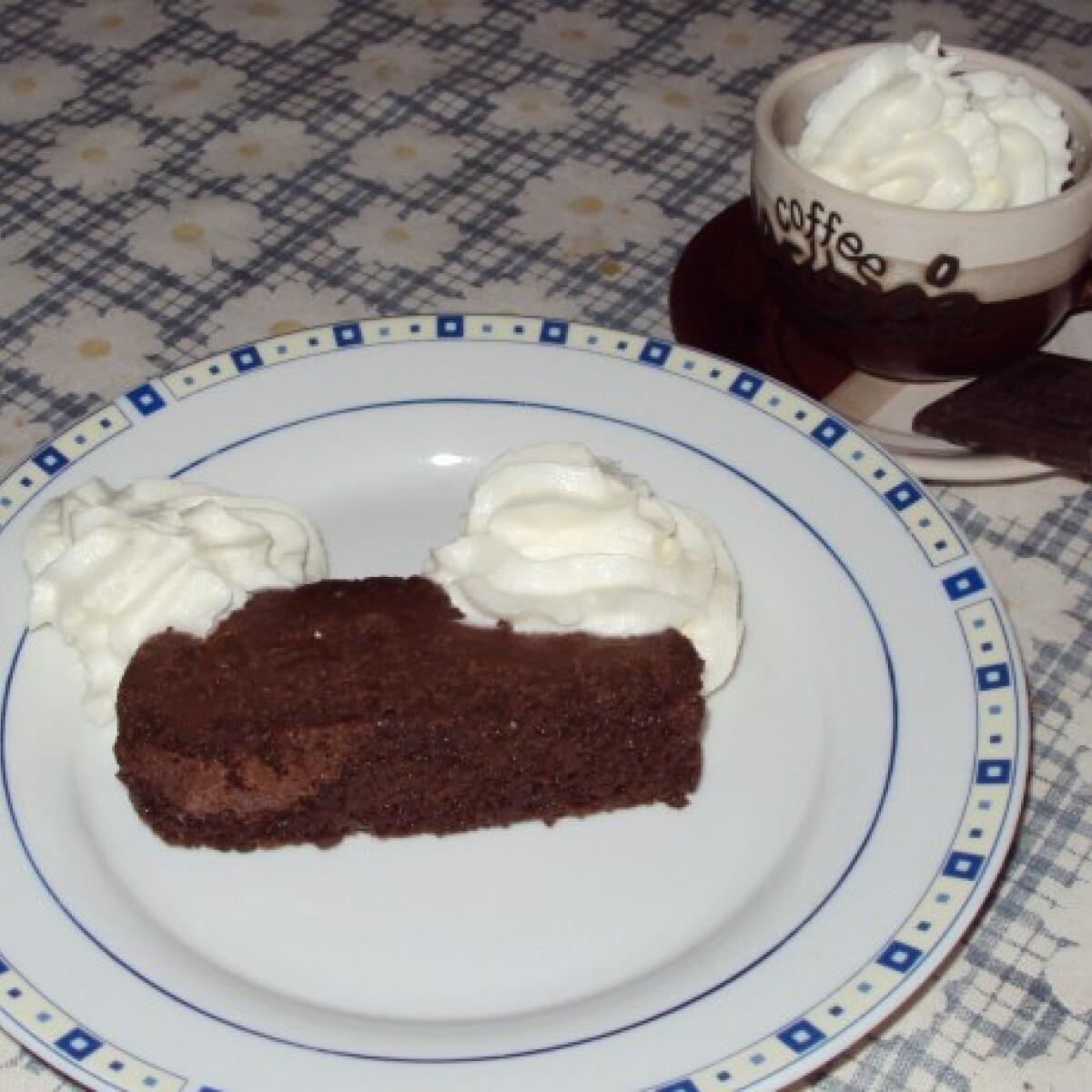 Ezen a képen: Kávés csokoládétorta