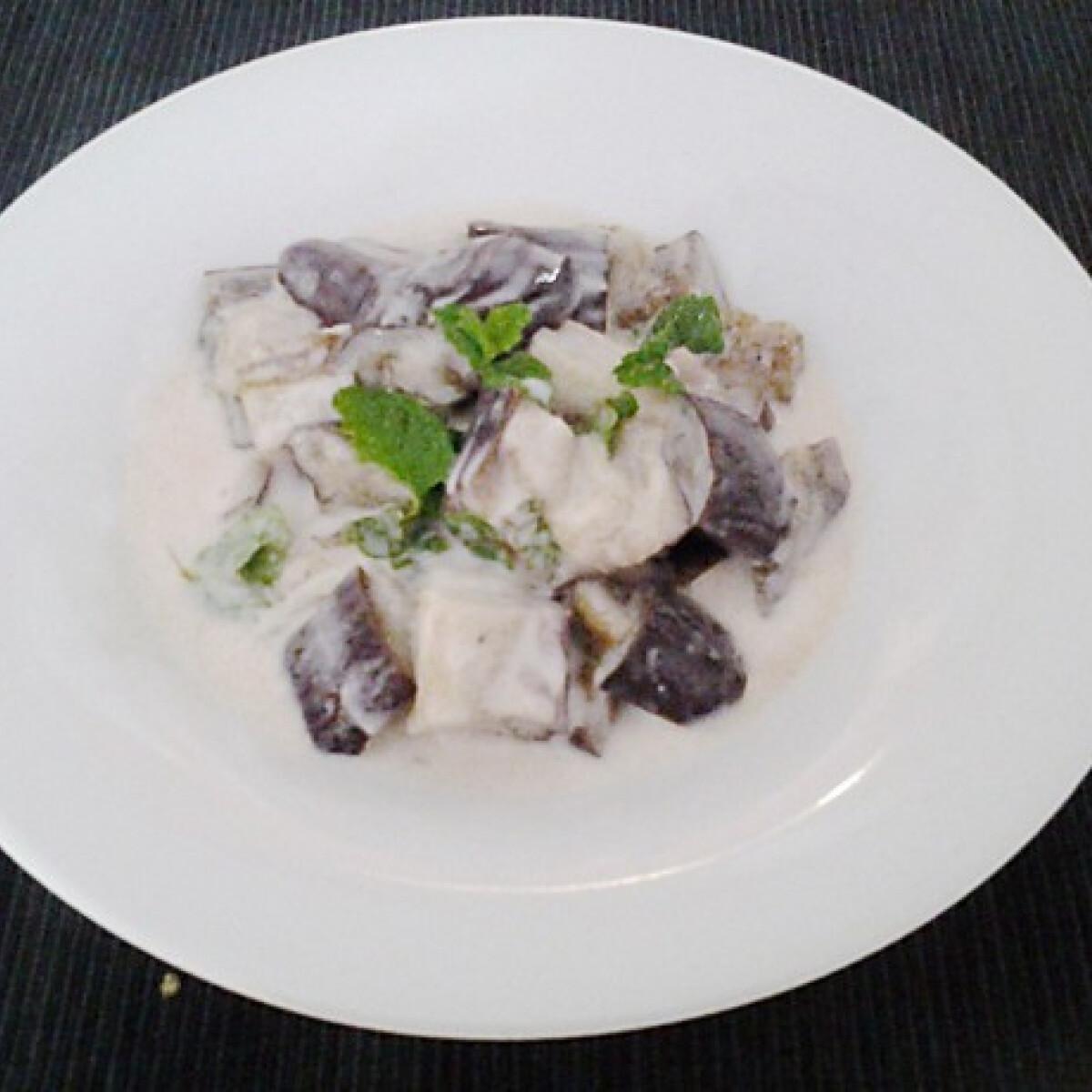 Ezen a képen: Joghurtos padlizsán