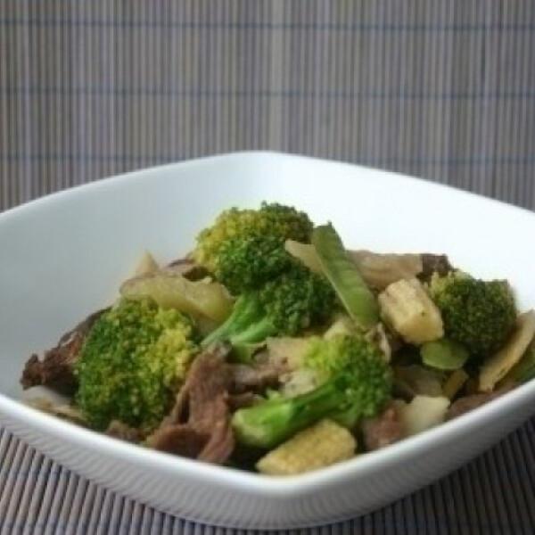 Marhahús sült zöldségekkel