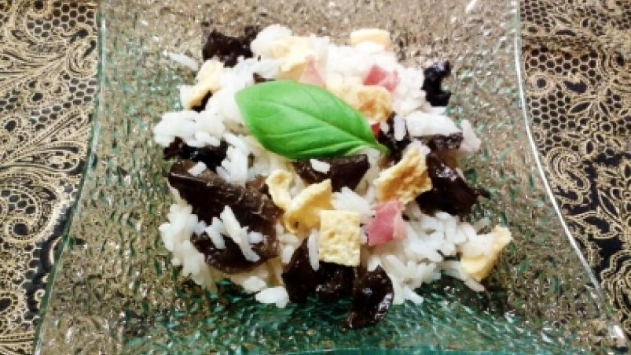 Illatos jázmin rizs tojással és gombával
