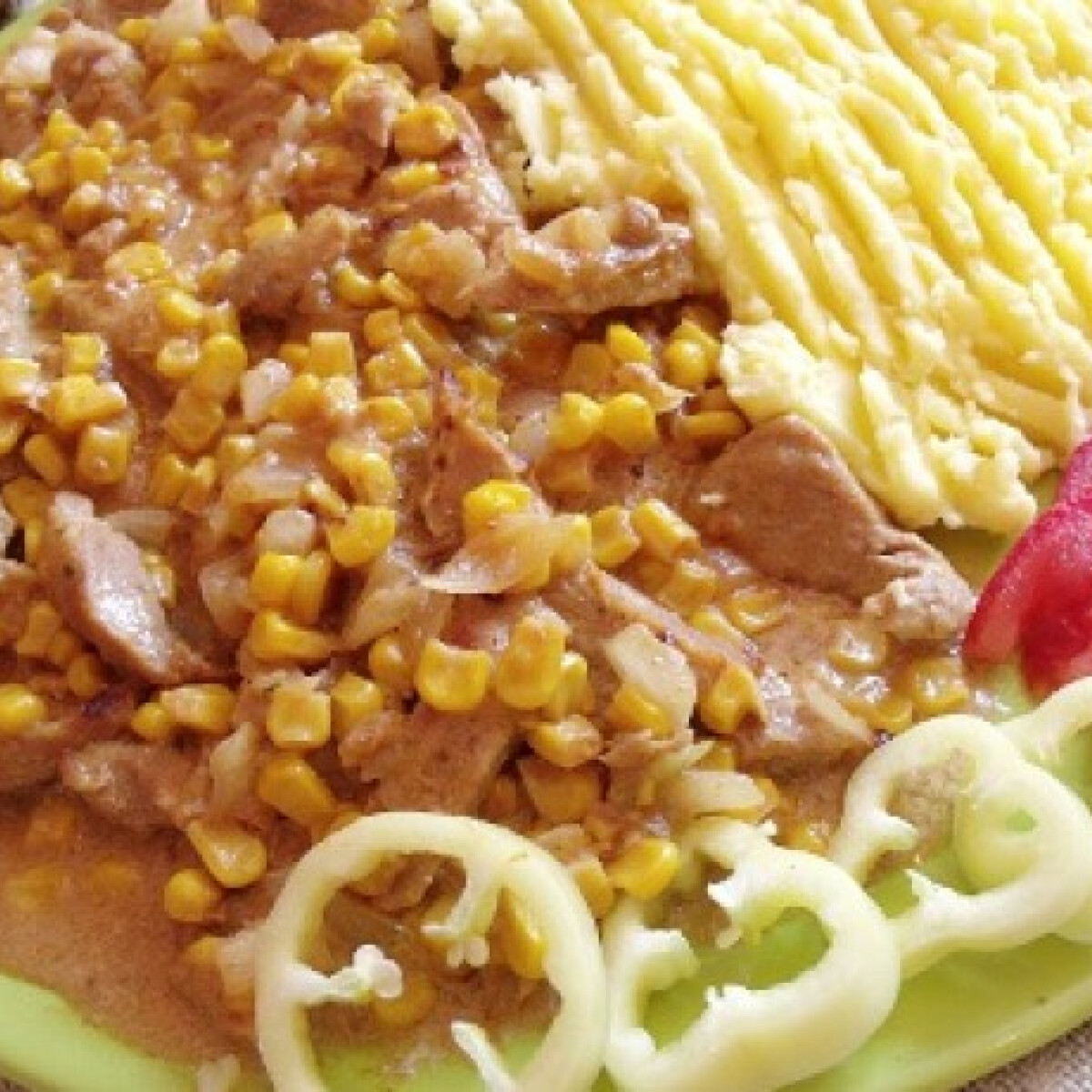 Ezen a képen: Tejszínes kukoricás sertéscomb