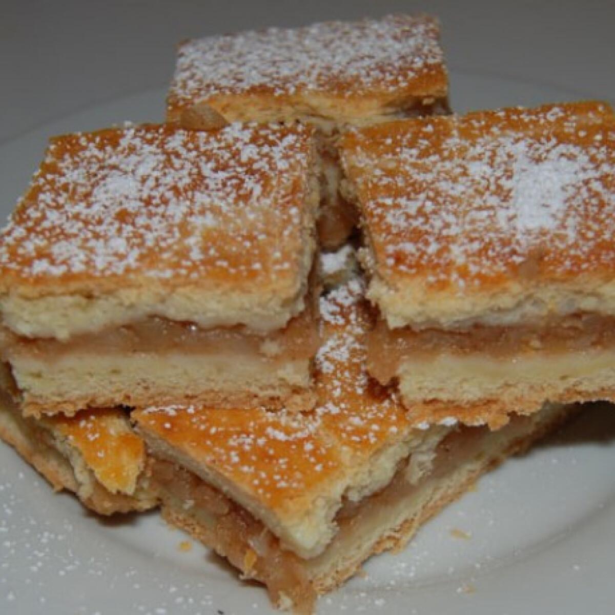 Ezen a képen: Almás süti - Kingumitól