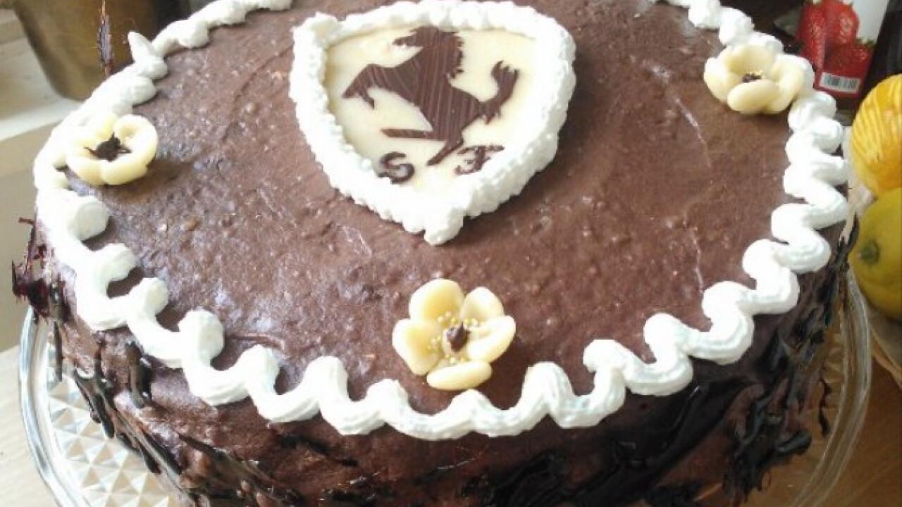 Banános-málnás csokitorta