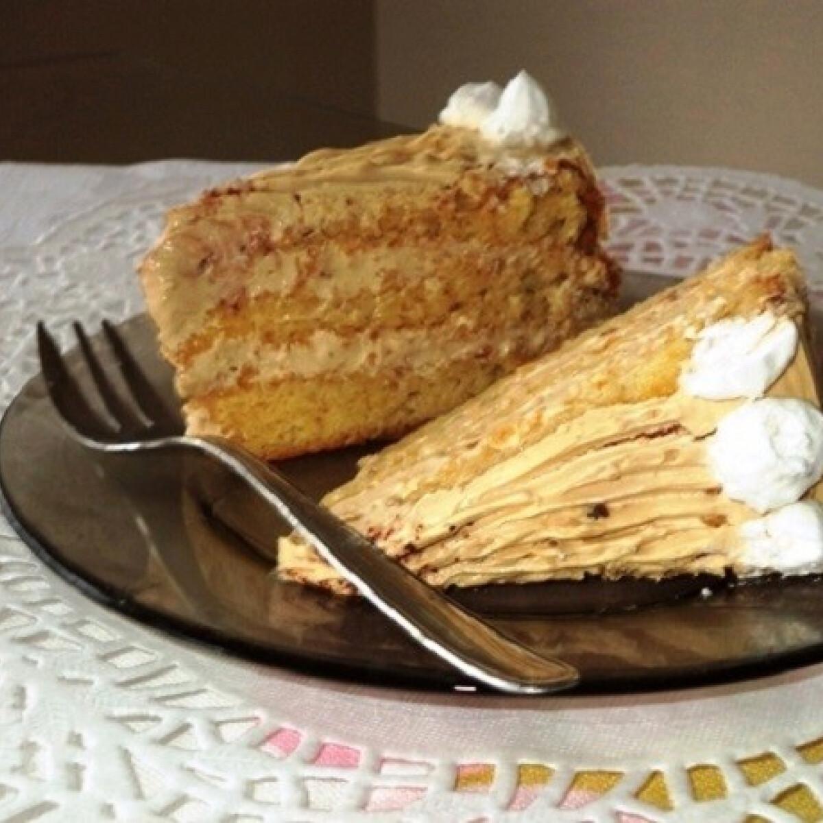 Ezen a képen: Karamellhabos torta Gabystól