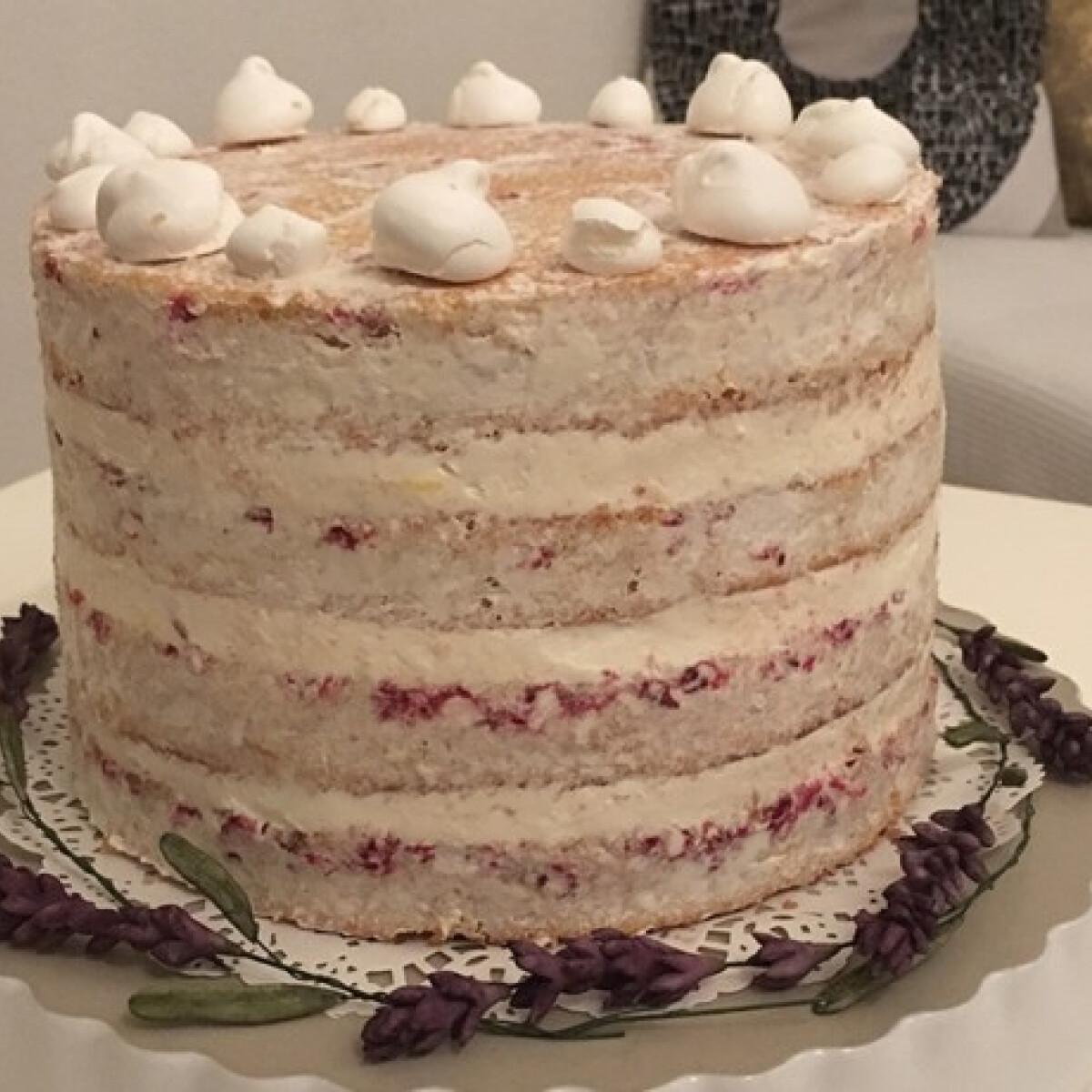 Ezen a képen: Ribizlis-citromos torta