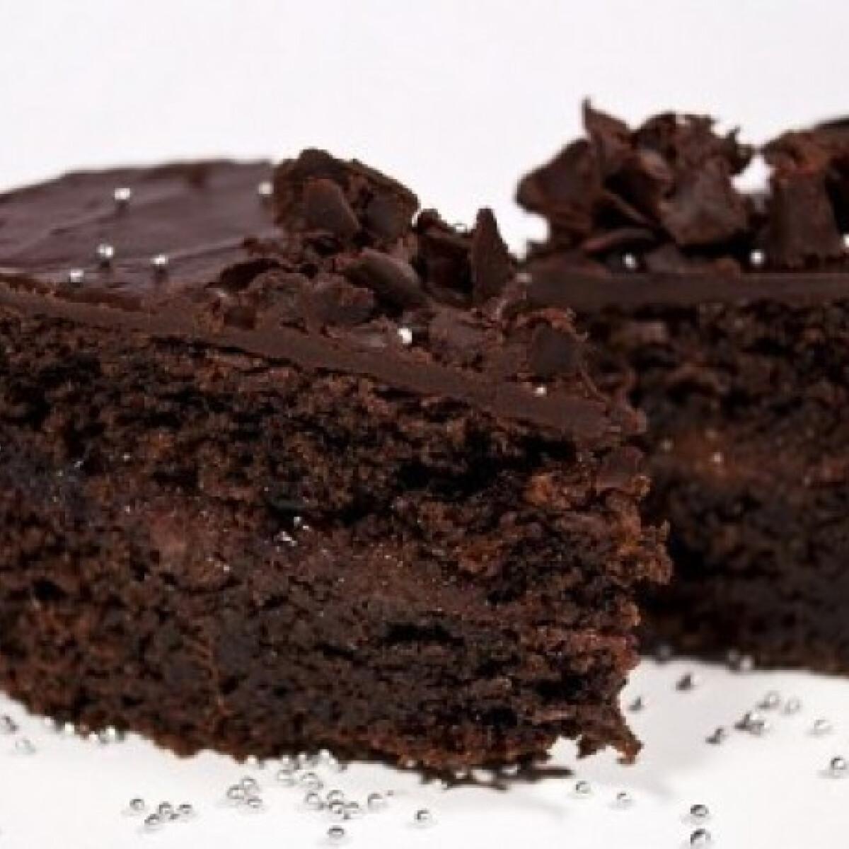 Ezen a képen: Sacher torta 3. - gyors