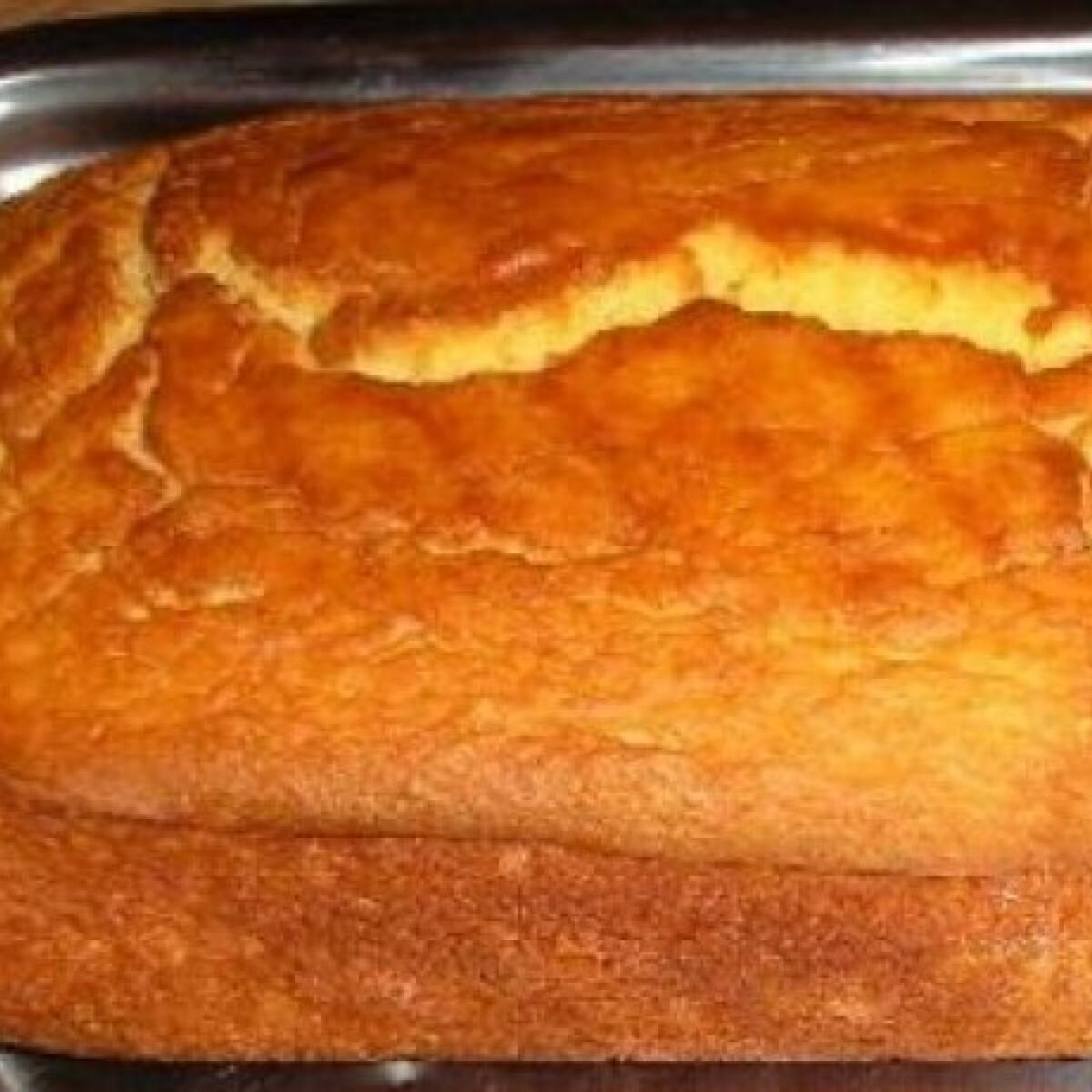 Ezen a képen: Gluténmentes joghurtos kenyér
