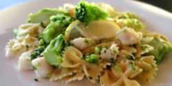 Brokkolis-halas tészta