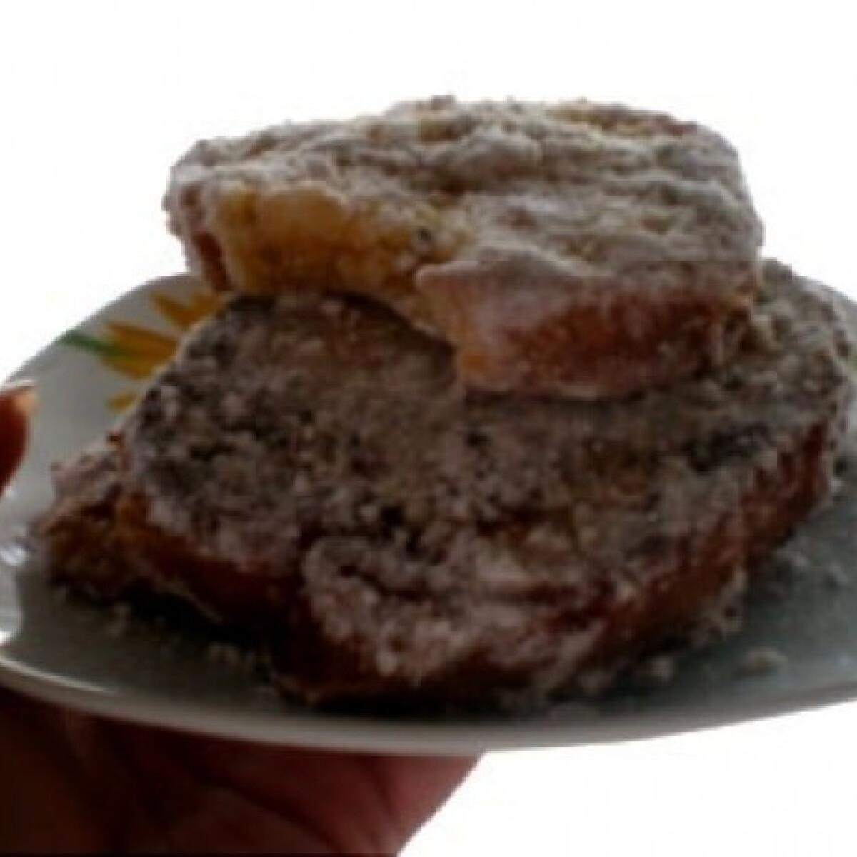 Ezen a képen: Vaníliás bundás kenyér